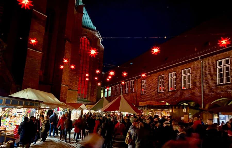 historischer-weihnachtsmarkt-luebeck