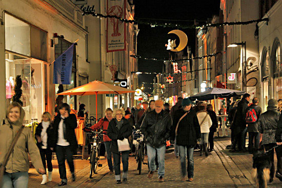 Late Night Shopping in Lübeck