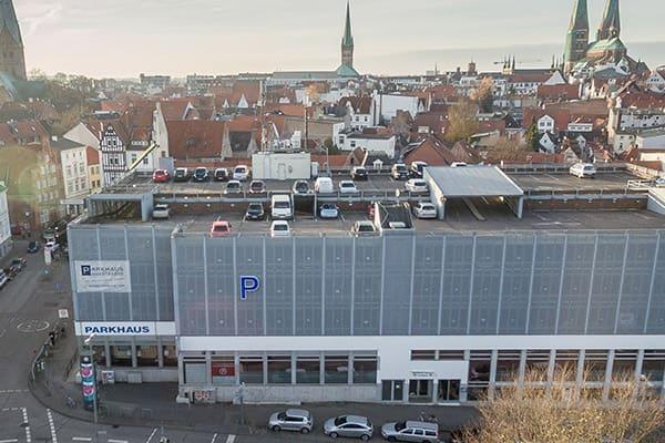 parken-in-luebeck-parkhaus-huexstrasse
