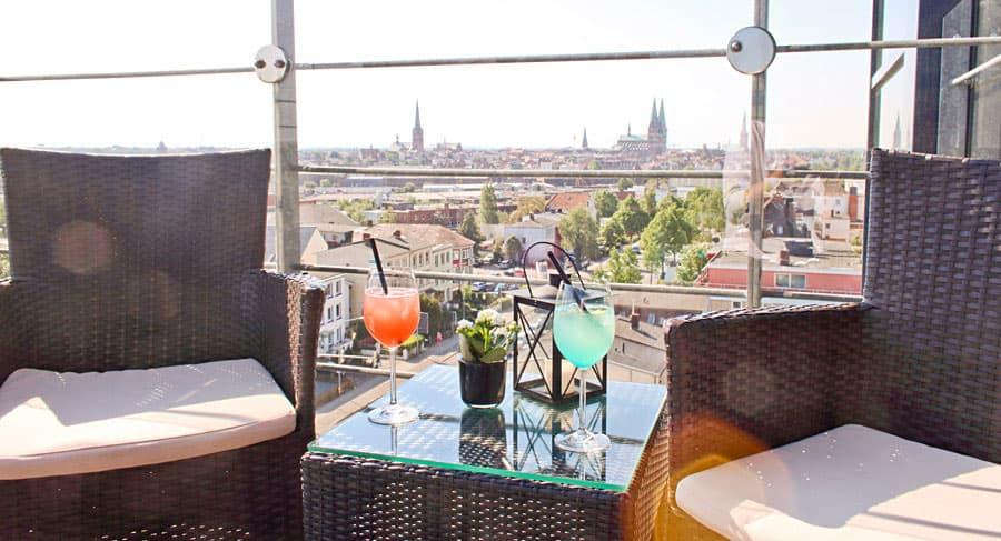 Aussicht auf Lübeck in der Panorama Bar.